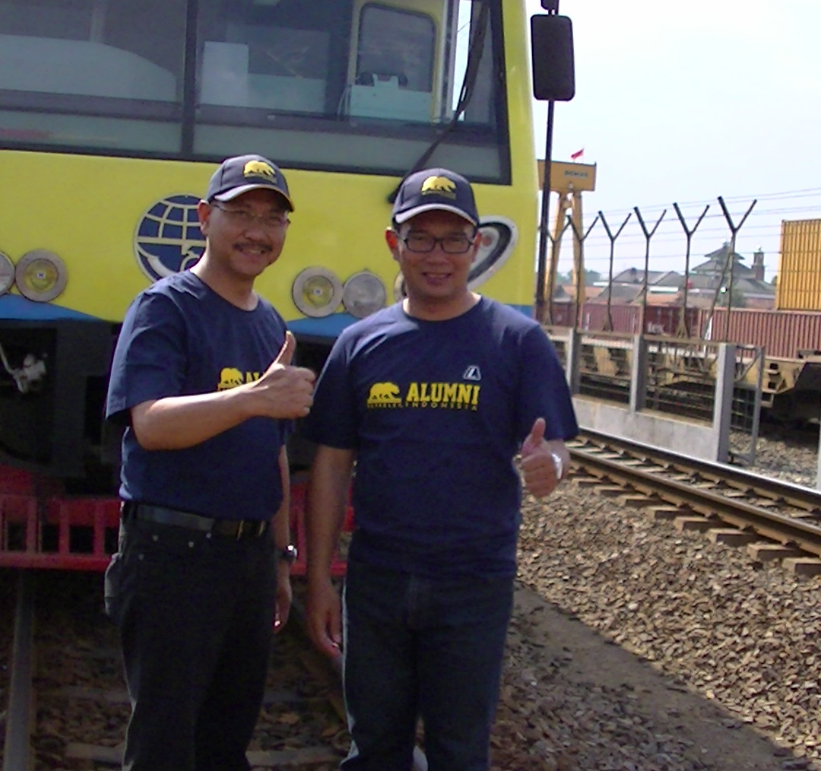 Wamenhub Bambang Susantono dan Wali Kota Bandung, Ridwan Kamil.
