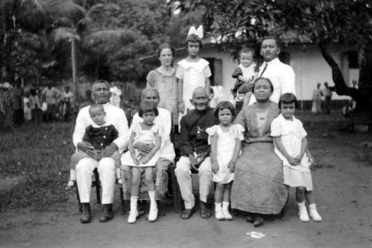 depok keluarga loen1932