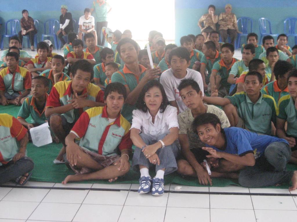 Sui Yen bersama Anak Lapas