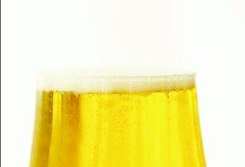 urine berbusa