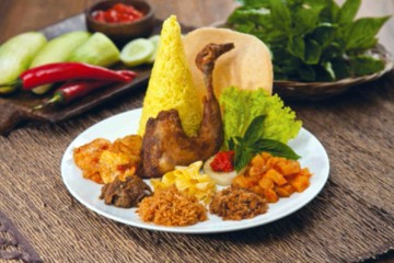 Nasi Langgi Kuning