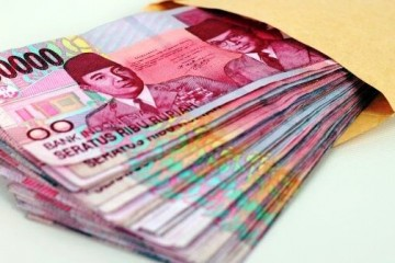 Uang seratus ribu rupiah