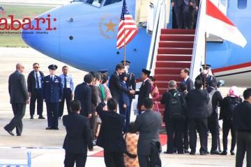 Dubes-AS-untuk-RI-Robert-Blake-menyambut-Presiden-Jokowi-1024x575