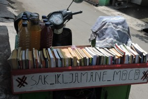 Motor Jamu dan perpustakaan Keliling