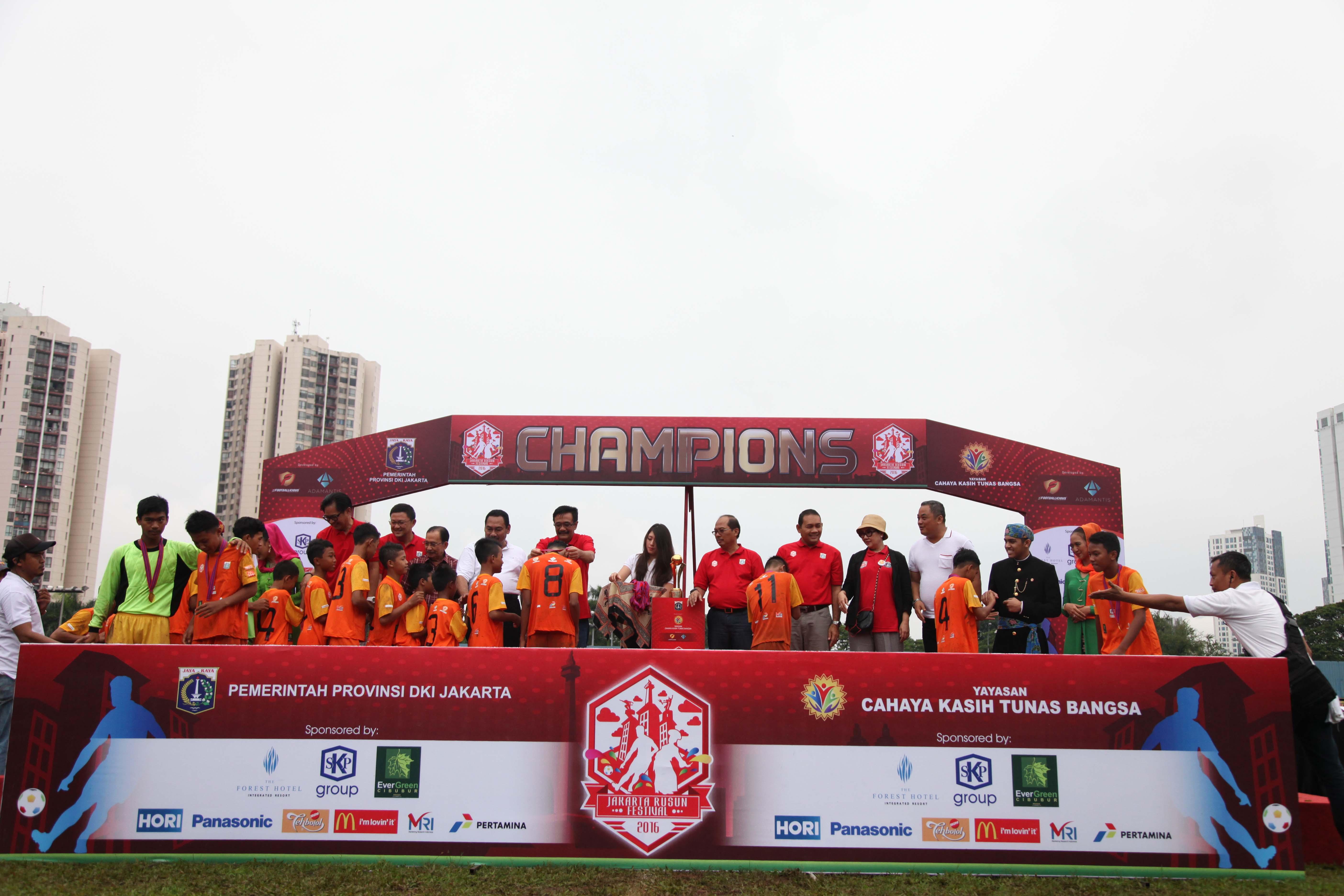 FOTO FINAL JRF 2016 (20) juara