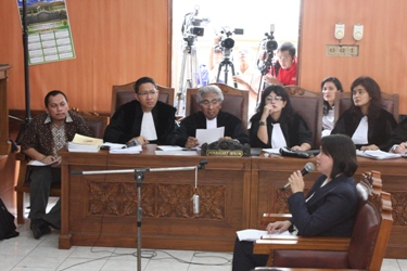 Kerangan Saksi Pada Persidangan Gayus Tambunan