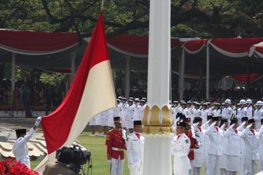 upacara peringatan hut ri di istana negara