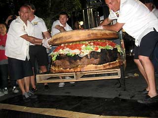 hamburger raksasa