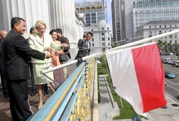 Pengibaran Bendera Merah Putih di San Fransisco