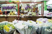 Bunga di Pasar Rawa Belong
