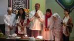 Bambang Susantono dengan ayah-ibu, istri dan kedua putri terkasih.