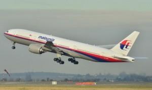 pesawat-airlines-boeing-777-200er-milik-maskapai-malaysia-airlines
