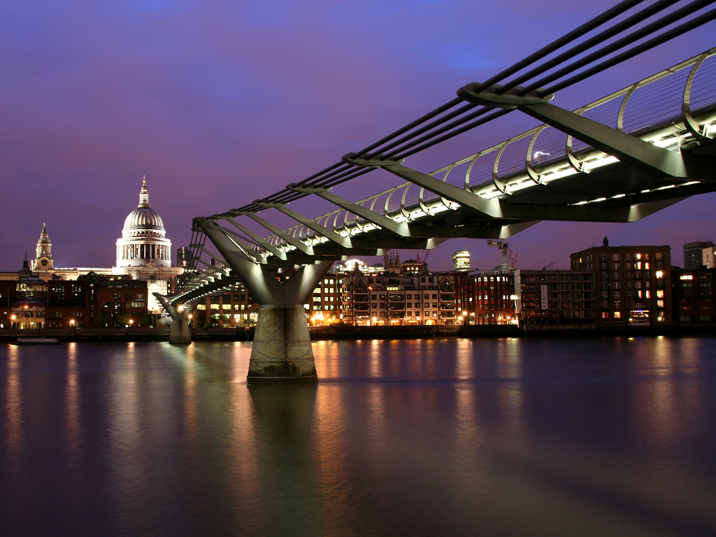 Millennium Footbridge, London