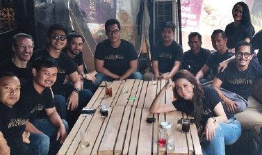 Dengan tim film Guru Bangsa Tjokroaminoto