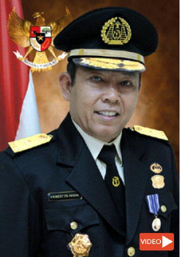 Friement Aruan,Direktur Izin Tinggal dan Status Keimigrasian