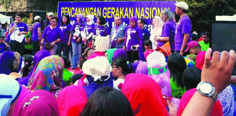 Kegiatan di bunderan HI bersama Menteri Sosial Khofifah Indar Parawansa