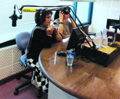 Siaran di Radio Sonora bicara tentang anak yang cinta dengan Indonesia