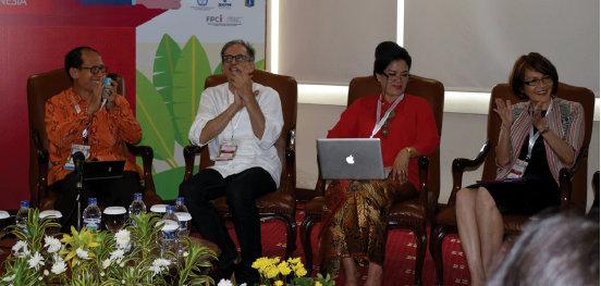 Melalui diskusi, upaya mempromosikan pariwisata Indonesia lewat budaya dan warisan kuliner berjalan sangat menarik.