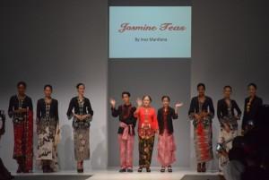 jasmine teas by Inez M
