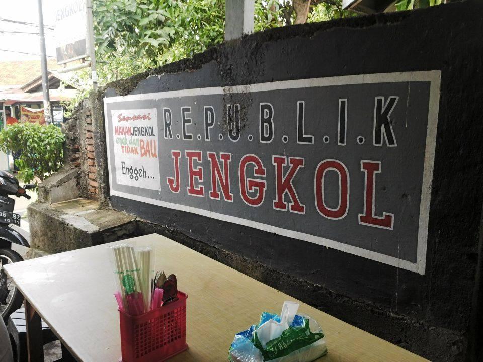 Republik Jengkol