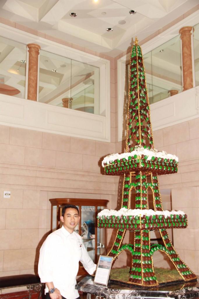 Macaron Menara Eiffel Ala Chef Deden